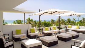 Hotel Breakwater South Beach - Miami Beach - Balcón
