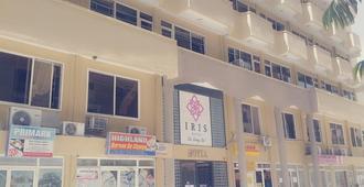 Iris Hotel - Dar Es Salaam - Building