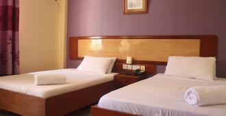Iris Hotel - דר א-סאלאם - חדר שינה
