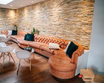 Hyve Hostel Basel - Basel - Lounge