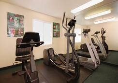 Sleep Inn & Suites Airport - Omaha - Gym