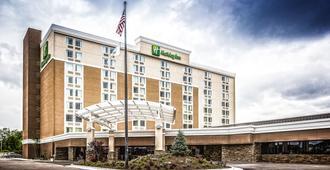 Holiday Inn Wichita East I-35 - Ουιτσίτα