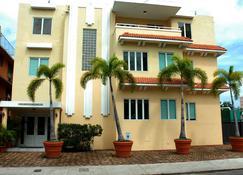 Coral Princess Hotel - San Juan - Gebäude