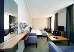 Tskaltubo Plaza Hotel & Resort - Tsqaltubo - Bedroom
