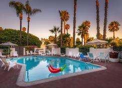 Hotel Pepper Tree Boutique Kitchen Studios - Anaheim - Anaheim - Pileta