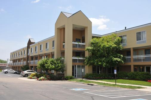 Red Lion Inn & Suites Dayton - Dayton - Building