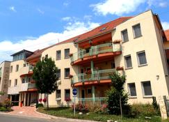 Hotel Makar Sport & Wellness - Pécs - Bygning