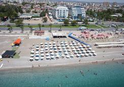 Sealife Family Resort Hotel - Antalya - Bãi biển