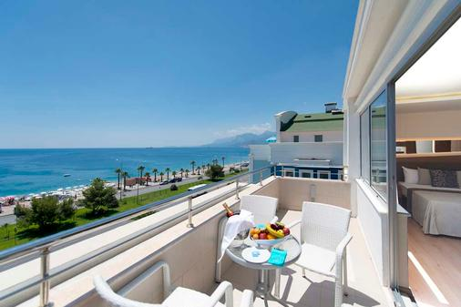 Sealife Family Resort Hotel - Antalya - Balcony