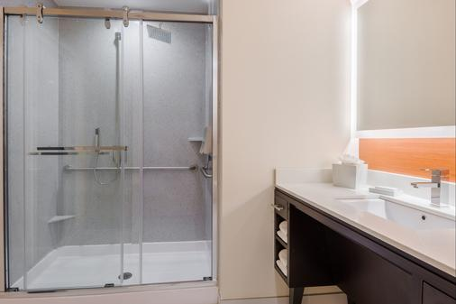 Home2 Suites by Hilton Atlanta Downtown - Ατλάντα - Μπάνιο