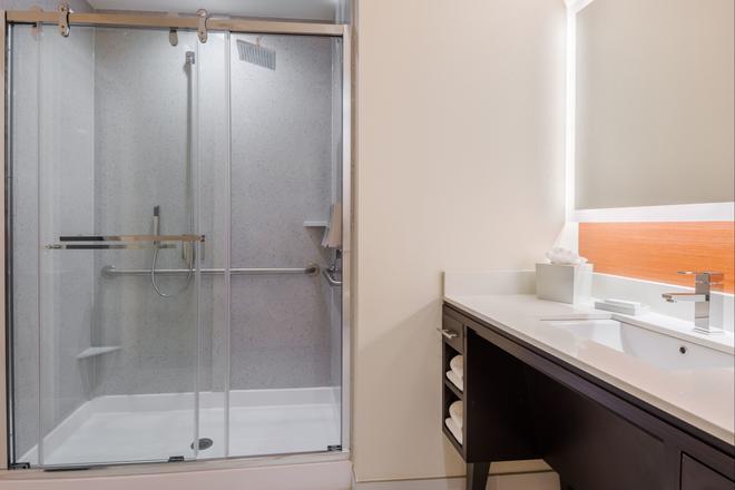 Home2 Suites by Hilton Atlanta Downtown - Atlanta - Bathroom