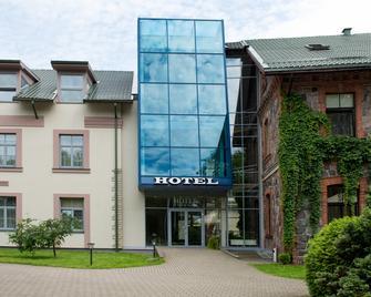 Hotel Sigulda - Sigulda - Gebouw
