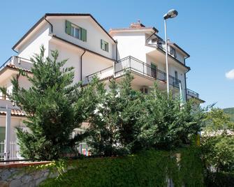 Residence Oleandro - Pietra Ligure - Building