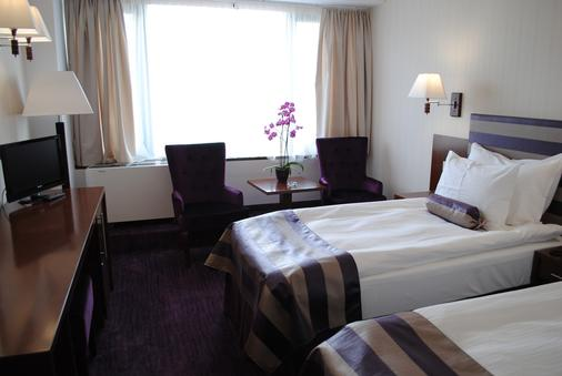 Grand Hotel Napoca - Κλουζ-Ναπόκα - Κρεβατοκάμαρα