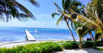 Tradewinds Paradise Villas - San Pedro - Extérieur