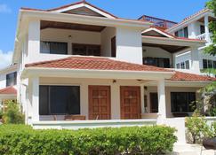 Tradewinds Paradise Villas - San Pedro Town - Byggnad