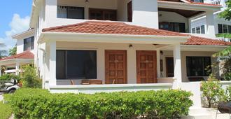 Tradewinds Paradise Villas - San Pedro Town