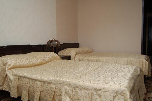 Hotel Cosmos - Chisinau - Bedroom