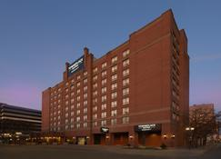 TownePlace Suites by Marriott Windsor - Windsor - Building