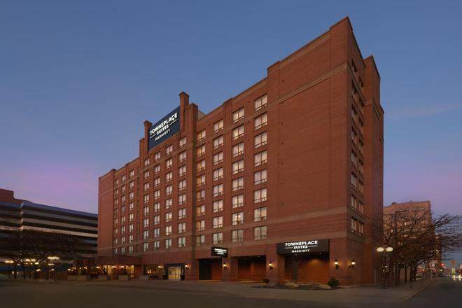 TownePlace Suites by Marriott Windsor - Windsor - Edificio