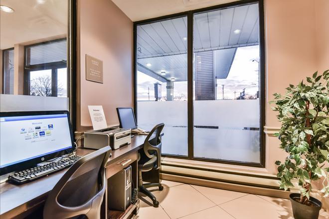 Comfort Inn & Suites Ambassador Bridge - Windsor - Liikekeskus