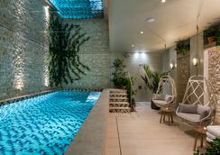 Hôtel & Spa Royal Madeleine - Pariisi - Uima-allas