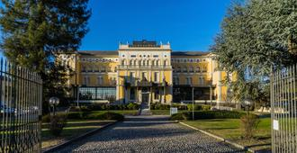 Hotel Villa Malpensa - Vizzola Ticino