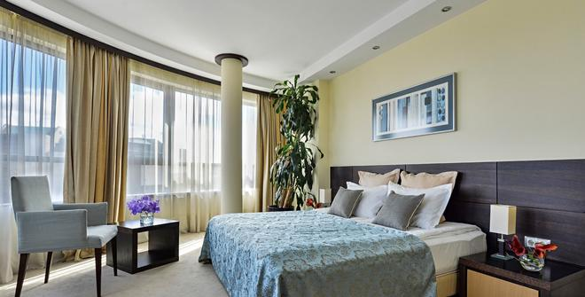 Rosslyn Central Park Hotel Sofia - Sofia - Bedroom