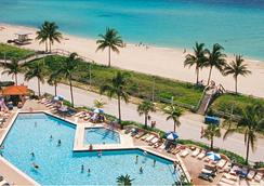 荷里活海灘克魯斯港度假酒店 - 荷里活 - 好萊塢 - 游泳池
