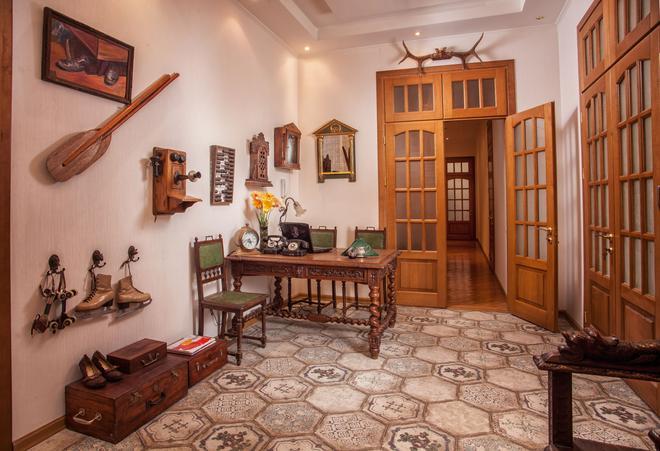 Esther House - Odesa - Front desk