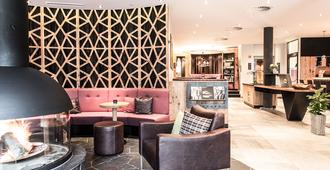 Anthony's Life & Style Hotel - Sankt Anton am Arlberg - Lobby