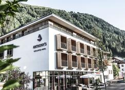 Anthony's Life & Style Hotel - Σαντ Άντον αμ Άρλμπεργκ - Κτίριο