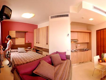 Serena Majestic Hotel Residence - Montesilvano - Makuuhuone