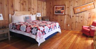 Trapper's Rendezvous - Williams - Bedroom