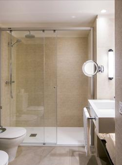 Molina Lario - Málaga - Bathroom
