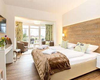 HofHotel Krähenberg - Grömitz - Bedroom