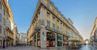 Hotel Duas Nacoes - Lisbon - Building