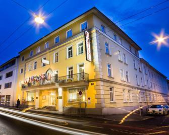 Goldenes Theaterhotel - Salzburg - Building