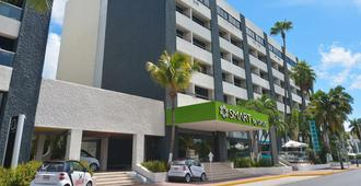 Smart Cancun By Oasis - Cancún - Building