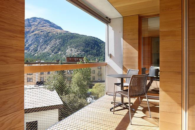 Alpine Lodge Chesa Plattner - Pontresina - Parveke
