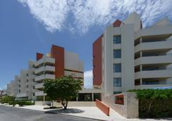 Privilege Aluxes Isla Mujeres Hotel - Isla Mujeres - Κτίριο