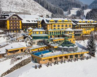 Hotel Pichlmayrgut - Schladming - Gebouw