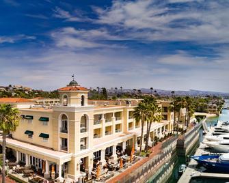 Balboa Bay Resort - Newport Beach - Building