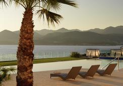 Valamar Collection Dubrovnik President Hotel - Ντουμπρόβνικ - Πισίνα