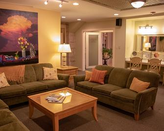 1886 Crescent Hotel and Spa - Eureka Springs - Lounge