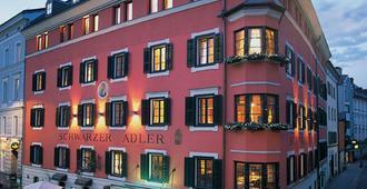 Hotel Schwarzer Adler Innsbruck - Innsbruck - Building