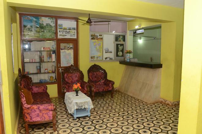 Molyma Resorts - Canacona - Lobby