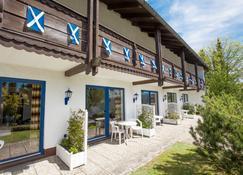 Scottish Highlander Guesthouse - Mauth - Bâtiment