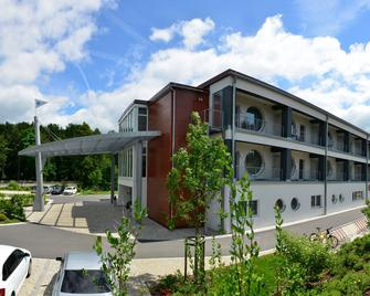Aribo Hotel Erbendorf - Erbendorf - Building