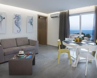 Coral Apartments - Ierapetra - Huiskamer